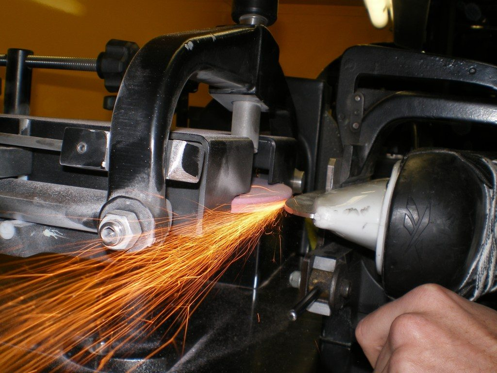 Your Guide to Ice Hockey Skate Sharpening -